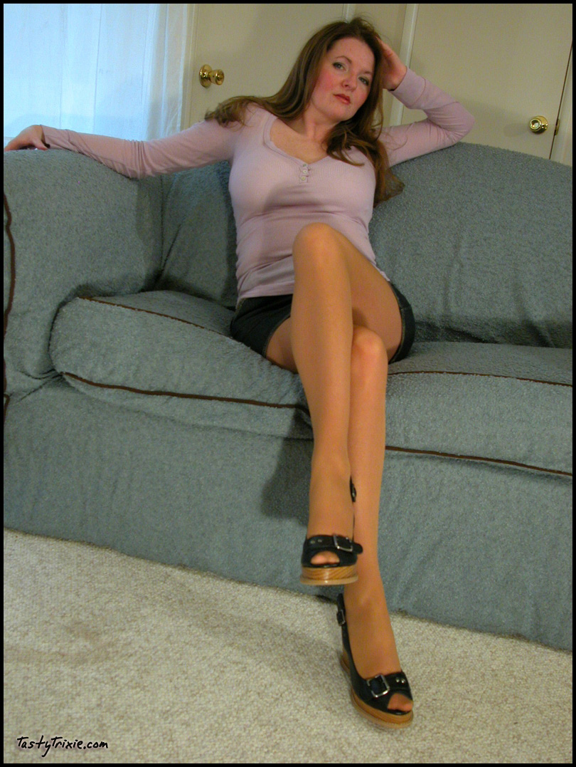 Short skirt and pantyhose