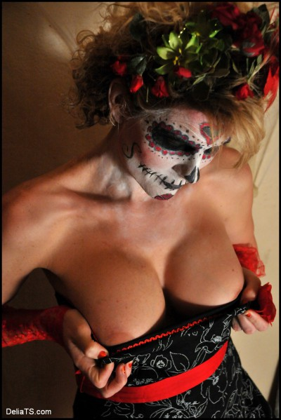 sugar skull & big boobs