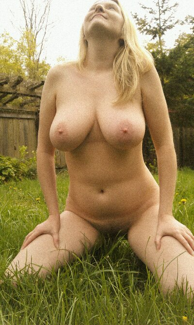 Nude mowing in the