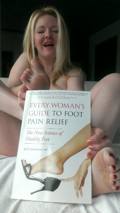 Naked foot pain relief book