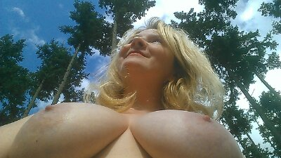 bright sunshiney naked day for boobs